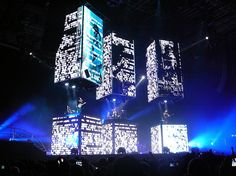 Muse are known for their constantly impressive set designs, but The Resistance Tour was the one that really outdid them. The band members were on three pillars which moved up and down, and based the design on George Orwell's 1984. Matt Bellamy also wore an LED suit