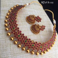 Gold And Silver Earrings Code: 8799382914 Jewelry Design Earrings, Gold Jewellery Design, Tika Jewelry, Diamond Jewellery, Necklace Designs, Jewelry Rings, Indian Wedding Jewelry, Indian Jewelry, Indian Bridal
