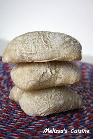 Melissa's Cuisine: Ciabatta Rolls - requires the first half to sit overnight for at least 8 hours Bread Twists, Bread Bun, Bread Rolls, Yeast Bread Recipes, Bread Machine Recipes, Homemade Ciabatta Bread, Ciabatta Roll, Artisan Rolls, Yummy Eats