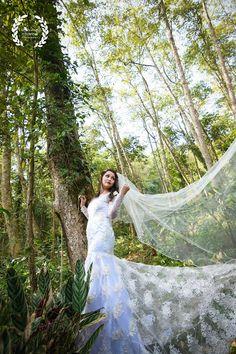 "Tapas Ghosh ""Portfolio"" album - Bride in White Saree Gown. More information on WeddingNet Christian Weddings, Bridal Lehenga, Saree Wedding, Wedding Gowns, Saree Gown, White Saree, White Gowns, Tapas"
