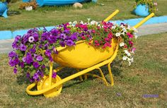 https://flic.kr/p/Na5ffD | Garden Decor, Flower pots in an old buggy | Garden Decor, Flower pots in an old buggy Garden Planter