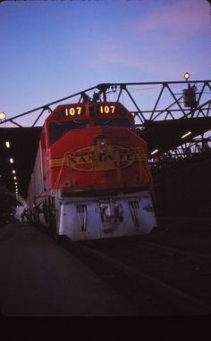 One evening at Dearborn Station - Santa Fe train 17 Super Chief/El Capitan preparing to depart Chicago.