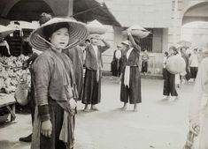 Vietnamese Clothing, Culture, Gauche, History, 30th, Clothes, Photography, Flatware, Baskets
