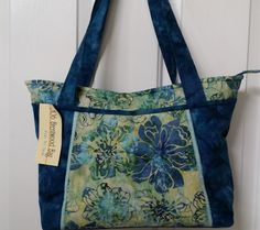 Brentwood handbag from Pink Sand Beach by NeedleDownFabrics