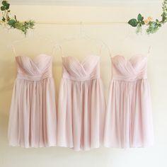 5wayショートドレス・クレープシフォン(アイスピンク)ガーデンに映えるピンクのブライズメイドドレス。  #Bridesmaid #Dress #Pink #Wedding