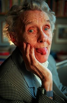 Bild von Astrid Lindgren: She is just such an inspiring person!d… Picture of Astrid Lindgren: She is just looking for inspiring person! Pippi Longstocking, Writers And Poets, Life Images, Old Women, Amazing Women, Childrens Books, Beautiful People, Barn, Film