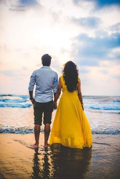 Indian Wedding Couple Photography, Photo Poses For Couples, Wedding Couple Photos, Wedding Couple Poses Photography, Couple Picture Poses, Couple Photoshoot Poses, Honeymoon Photography, Pre Wedding Poses, Pre Wedding Photoshoot