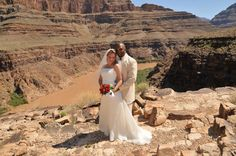 For a unique, stunningly beautiful ceremony, look into celebrating with Maverick Helicopters! We have a variety of wedding packages you might just fall in love with too. #ValleyOfFire