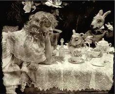 Vladimir Clavijo Telepnev. Probably one of the coolest Alice in Wonderland pics. Love it.