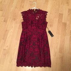 """SALE NWT Dress BRAND NEW WITH TAGS!!!                                          Dress measures 35"""" with some stretch in the fabric. Black bandeau and skirt underlay.                           FINAL PRICE⚡️FIRM Forever 21 Dresses Mini"""