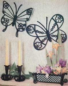 Mr & Mrs Butterfly Wall Plaques | Free Crochet Patterns
