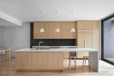 White kitchen light wood floors used maple plywood and white accents throughout residence striking contrast with Kitchen Designs Photos, Modern Kitchen Design, Kitchen Photos, Architecture Design, New Staircase, Light Hardwood Floors, Craftsman Kitchen, Kitchen Wood, Vintage Kitchen