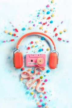 Headphones with a pink cassette tape with a tape of bubble gum in a gentle and sweet music. by Dina (Food Photography) Pink Music Wallpaper, Colorfull Wallpaper, Cute Patterns Wallpaper, Aesthetic Pastel Wallpaper, Cool Backgrounds Wallpapers, Pretty Wallpapers, Chewing Gum, Pastel Photography, Food Photography