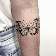Butterfly With Flowers Tattoo, Butterfly Tattoo Designs, Flower Tattoos, Belly Tattoos, Body Art Tattoos, Inner Arm Tattoos, Tattoos For Daughters, Tattoo Trends, First Tattoo