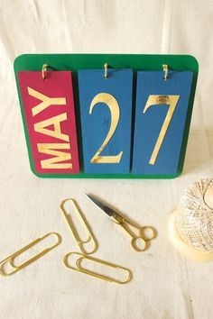 DIY Perpetual Calendar - DIY Craft Projects, Subscription Box | Whimseybox