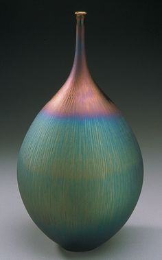 Hideaki Miyamura (Japanese)not sure if porcelain ,glass or clay Japanese Ceramics, Japanese Pottery, Modern Ceramics, Contemporary Ceramics, Japanese Vase, Ceramic Clay, Porcelain Ceramics, Ceramic Bowls, Carillons Diy