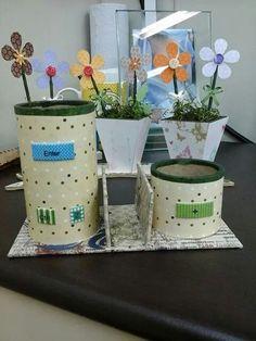Porta lapis e vasos decorados