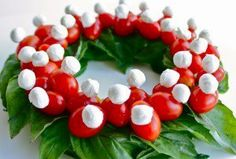 Christmas Wreath - mozzarella balls, cherry tomatoes and basil.