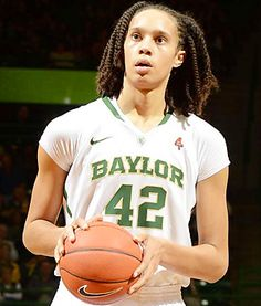 Brittney Griner leads Baylor Lady Bears to 40-0 Season and a National Championship