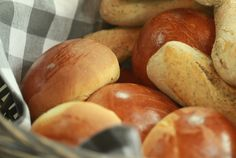Resep l Martjie se witbroodrolletjies Fathers Day Brunch, Bread Rolls, Scones, Food Inspiration, Potatoes, Cooking Recipes, Baking, Vegetables, Kos