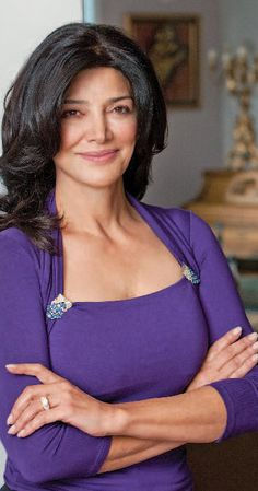 Jaqueline Sitta (she dropped Waldeburg after the scanda, Sitta is her maiden name), Age Caste Reality TV Star, Face Claim: Shohreh Aghdashloo - Macaria's mother Shohreh Aghdashloo, Pretty People, Beautiful People, Iranian Actors, Medium Hair Styles, Long Hair Styles, Reality Tv, My Beauty, Beautiful Actresses