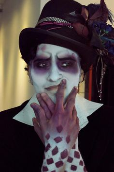 Face paint mad hatter … | Pinteres…