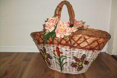 Shabby Vintage Korb mit Rosen als Deko von Atelier Regina auf DaWanda.com