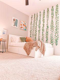Cute Bedroom Decor, Room Design Bedroom, Bedroom Decor For Teen Girls, Room Ideas Bedroom, Decor Room, Bedroom Inspo, Dream Bedroom, Diy Teen Room Decor, Dream Teen Bedrooms