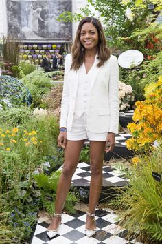 13 ways to wear a suit this summer: Naomie Harris takes her three-piece suit with shorts.