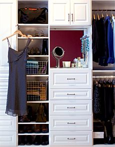 http://www.stlmag.com/St-Louis-AT-HOME/January-February-2008/Rules-of-Order/#    Like the drawers & space for makeup with mirror on back on wall
