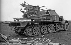 Sd.Kfz. 7-1 mounted the 20mm FlaK 38