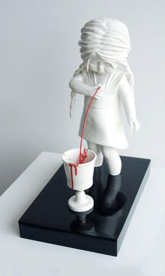 As esculturas perturbadoras e fascinantes de Maria Rubinke