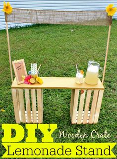 DIY Wooden Crate Lemonade Stand by Divine Lifestyle is the an easy idea to keep the kids busy all summer long. Diy Wooden Crate, Wooden Crates, Diy For Kids, Crafts For Kids, Diy Crafts, Kids Lemonade Stands, Lemonade Bar, Fun Projects, Kids Playing