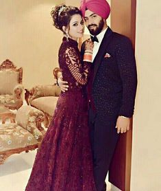 Poo 👑 Punjabi Wedding Couple, Indian Wedding Poses, Punjabi Couple, Indian Wedding Hairstyles, Sikh Wedding, Wedding Pics, Wedding Couples, Cute Couples, Indian Weddings