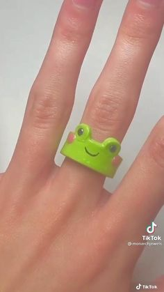 Fimo Ring, Polymer Clay Ring, Polymer Clay Crafts, Diy Crafts Hacks, Diys, Cute Jewelry, Diy Jewelry, Diy Clay Rings, Clay Art Projects