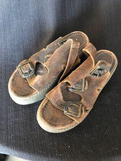 8b363af4e623a Womens Used Eastland Flatform Sandals Size 6  fashion  clothing  shoes   accessories