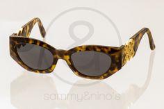 Image of Gianni Versace Mod.420/D tortoise :: Vintage Sunglasses