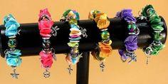 Bracelet coquillages-femme-élastique-breloques-métal argenté-perles multicolores