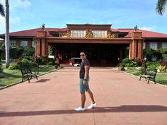 Fort Ilocandia Hotel in Laoag, Ilocos Norte. Royalty to stay. Ilocos, Vigan, Santorini, Philippines, Surfing, Royalty, Adventure, City, San Juan