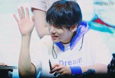 ○Jungkook○ 03.06.18 BTS Mihwadang Fansign #FakeLove