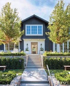 Colorado Mountain Homes, Live Oak Trees, Marin County, Entry Hall, Entrance, California Homes, Old Houses, Outdoor Living, Exterior