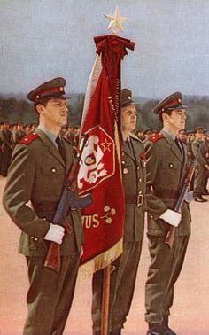 Soldiers of the Czechoslovak People`s Army on parade. Soviet Army, Soviet Union, Warsaw Pact, Honor Guard, Central And Eastern Europe, Army Surplus, Military Pictures, Red Army, German Army