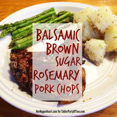 Balsamic Brown Sugar Rosemary Pork Chops - serve with roasted sweet potatoes and asparagus. Delicious, after brining for an hour and then marinating for an hour the pork was flavorful and super tender Rosemary Pork Chops, Thin Pork Chops, Brown Sugar Pork Chops, Balsamic Pork Chops, Easy Pork Chop Recipes, Pork Recipes, Cooking Recipes, Cooking Tips, Free Recipes