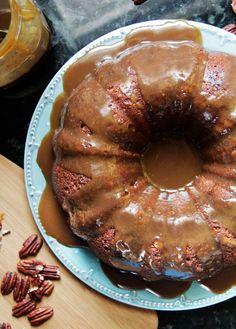 Toffee Pecan Caramel Pound Cake   Carlsbad Cravings