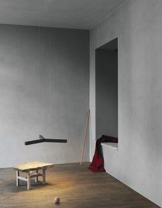 Y Model hanging lamp - Anour at Kinfolk gallery. Copenhagen 2017. Photo: Jeppe Sorensen, Anne Marie Jo. Styling: Kate Wood