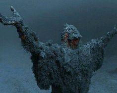 Estatua submarina de Jesús en el fondo del mar en Malta.