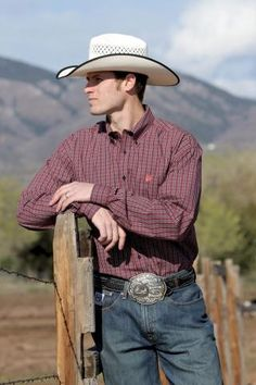 What To Wearing To A Rodeo Guys
