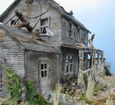 Abandoned Farm House ~ Model Train Building