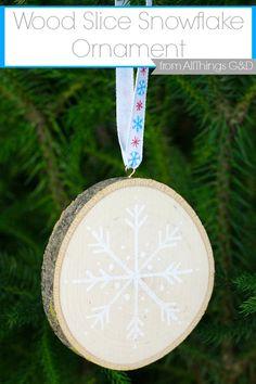 DIY Wood Slice Snowflake Christmas Ornament by All Things G&D #allthingsgd