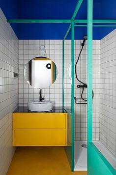 27 Inspirational Bathroom Color Ideas After: The third bathroom is the most vibrant of all, inspired by the vivid hues found at the Majorelle Garden in Marrakech. Even the grout is eye-catching; the duo developed its teal color with the installer. Student Apartment, Student House, Bad Inspiration, Bathroom Inspiration, Modern Bathroom, Small Bathroom, Bamboo Bathroom, Art Deco Bathroom, Vanity Bathroom